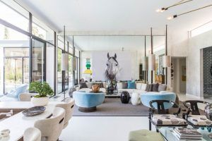MOBY'S VEGAN CAFE IN L.A. HAS A MID-CENTURY MODERN STYLE | www.essentialhome.eu/blog | #midcentury #vegan #restaurant