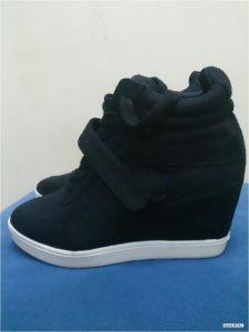 zapatillas adidas con taco escondido