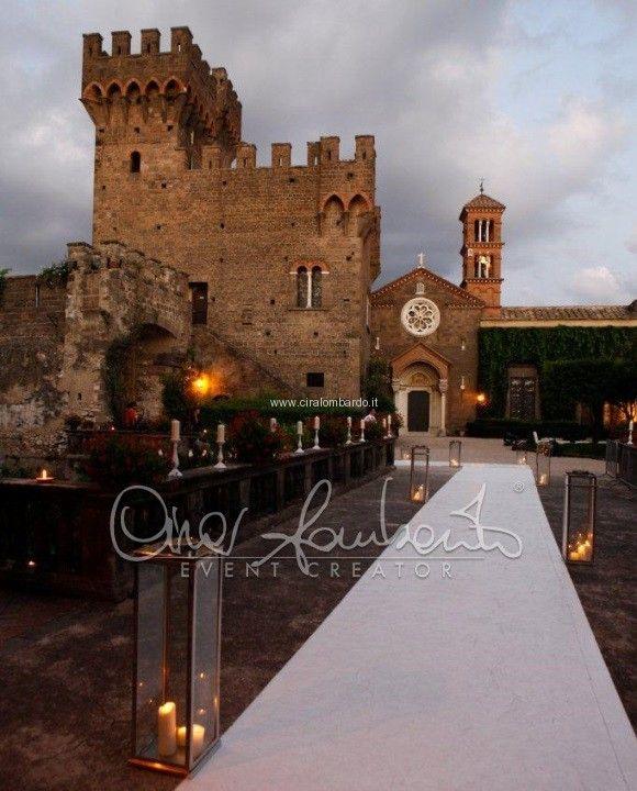 Matrimonio da favola al Castello della principessa. Tableau de mariage romantico e raffinato.