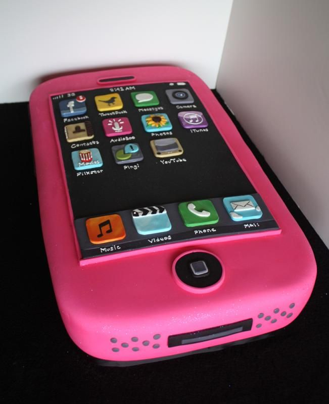 iPhone Cake by http://www.veryuniquecakes.com