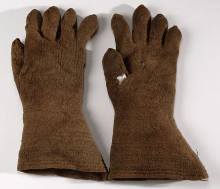 There is one style of knitted glove from Britain, which just may be authentic for the 1640s, but there is no direct evidence. The gloves found with the body in a peat bog in Gunnister, Shetland are dateable to the 1694 at the earliest, but the clothes found with him were old, well worn and the gloves may have come from a long traditional pattern. They are of a similar construction to the earlier examples we have seen, knitted in the round and fulled.