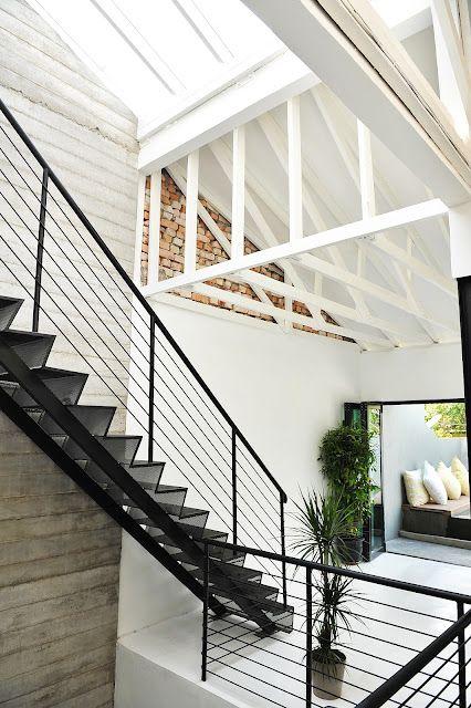 Stairs-Black