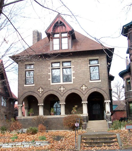 Livingston House, Saint Paul, Minnesota - designed in 1898 by architect Cass Gilbert - photo by Thomas R. Blanck & Linda