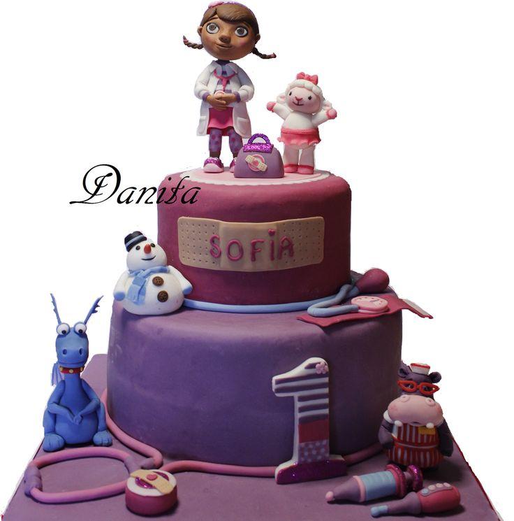 Torta Dott. Peluche Doc Mcstuffins http://leleccorniedidanita.blogspot.it/2014/07/torta-dotty-dottoressa-peluche.html
