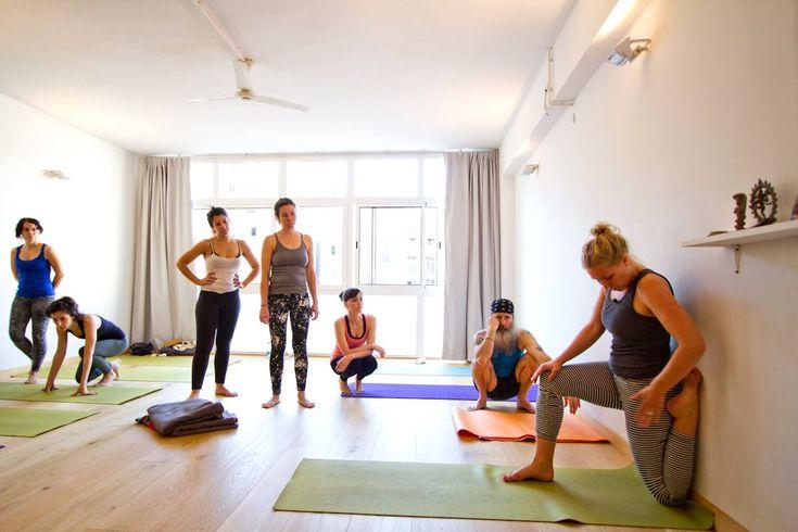 Horario - Yogaroom · Vinyasa Yoga · Barcelona