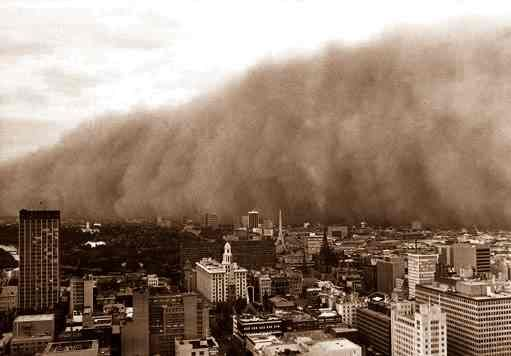 Incredible dust storm, the result of one of Australia's worst El Nino-related droughts, engulfs Melbourne on 8 February 1983.