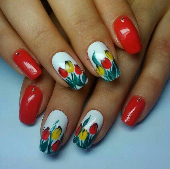 tulip nails ideas