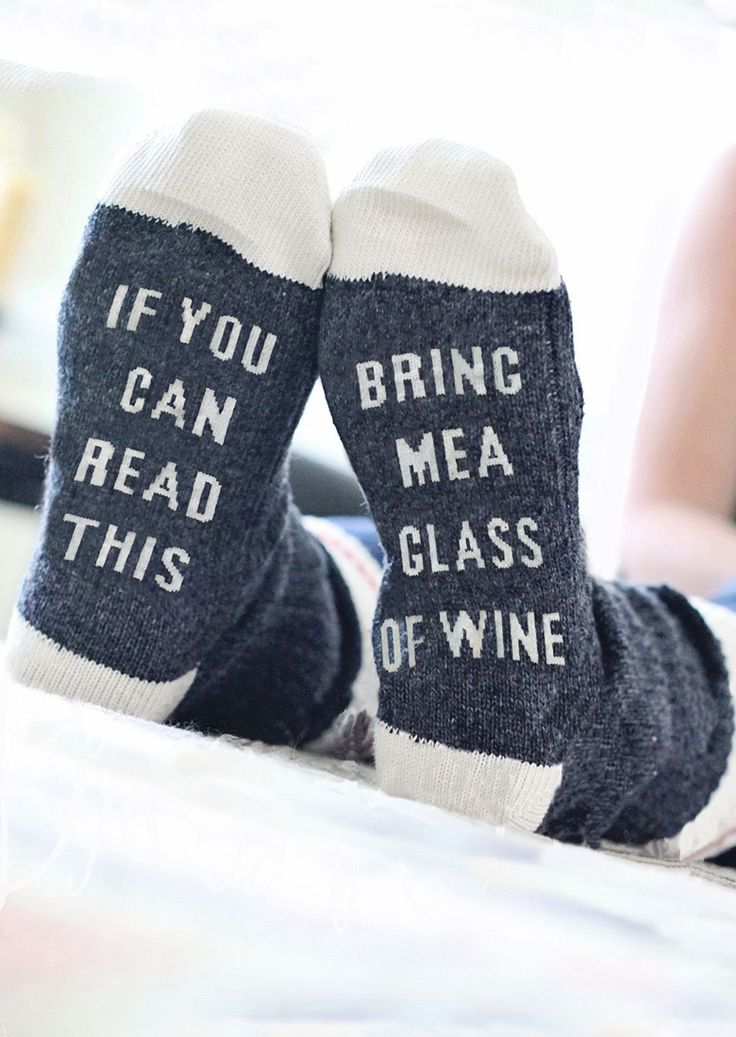 PLEASE BRING ME WINE Socks - Bellelily