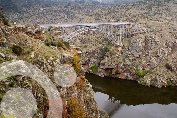 Requejo bridge. All the information to plan your trip to #Arribes_del_Duero in www.qnatur.com