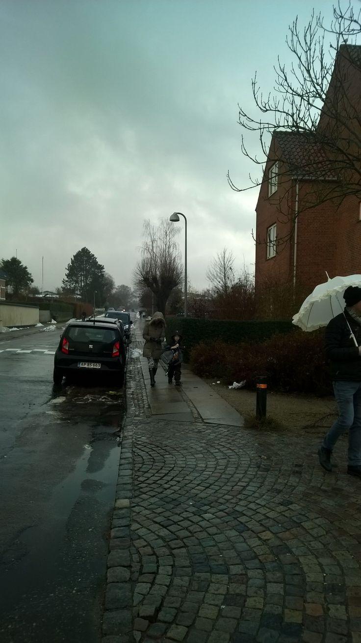 Mandens paraply undrer mig