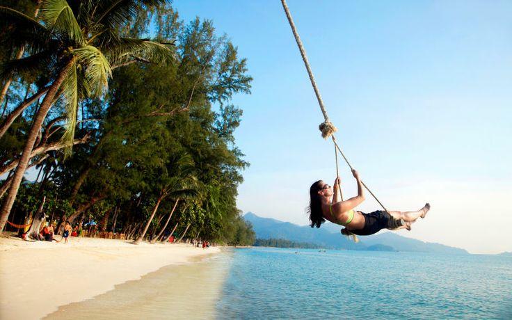 Apollo tilbyder mange fine rejsemål i Thailand. Her er vi fx på Koh Chang. Se mere på www.apollorejser.dk/rejser/asien/thailand
