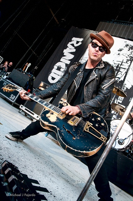 tim armstrong rancid - he is just too cool!