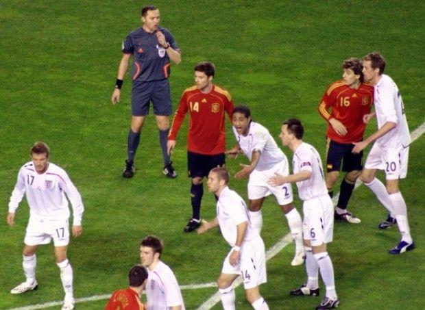 La Selección regresa a RTVE Según informa la web oficial de RTVE, se ha llegado a un acuerdo con la UEFA por el cual será la Corporación pública la que retransmita los encuentros clasificatorios para la Eurocopa de Francia de 2016 y para el Mundial de Rusia de 2018, a partir del próximo mes de septiembre.