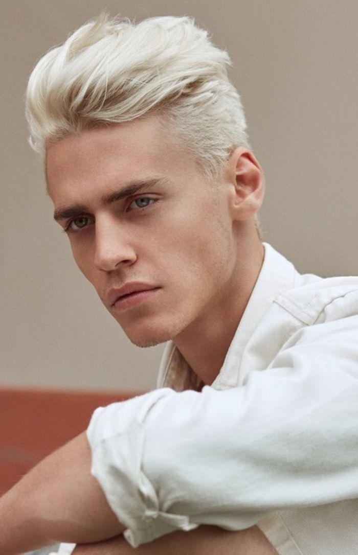 Teinture blonde cheveux long homme