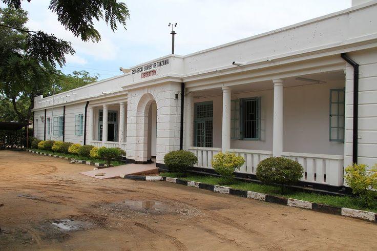 MUSEUM OF GEOSCIENCES - laboratory #Dodoma