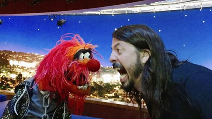 Foo Fighters' Dave Grohl Drum Battles The Muppets' Animal - #Animal, #DaveGrohl, #FooFighters, #TheMuppets