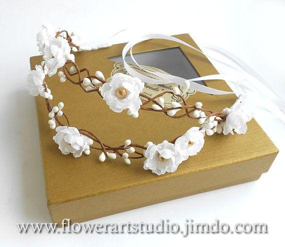 White Flower Girl Crown Girl Woodland Flower от Flowerartstudio