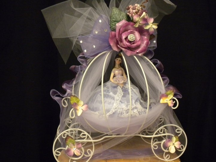 17 best images about event centerpieces on pinterest for Flower arrangements for sweet 16