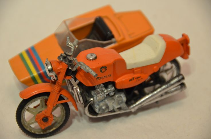 Guiloy 1:24, Roca with sidecar