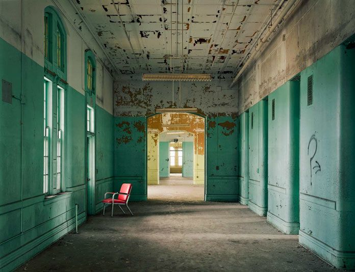 'Asylum' – The eerie atmosphere of abandoned psychiatric hospitals captured by photographer Christopher Payne. Influenced by a variety of horror movies, ol
