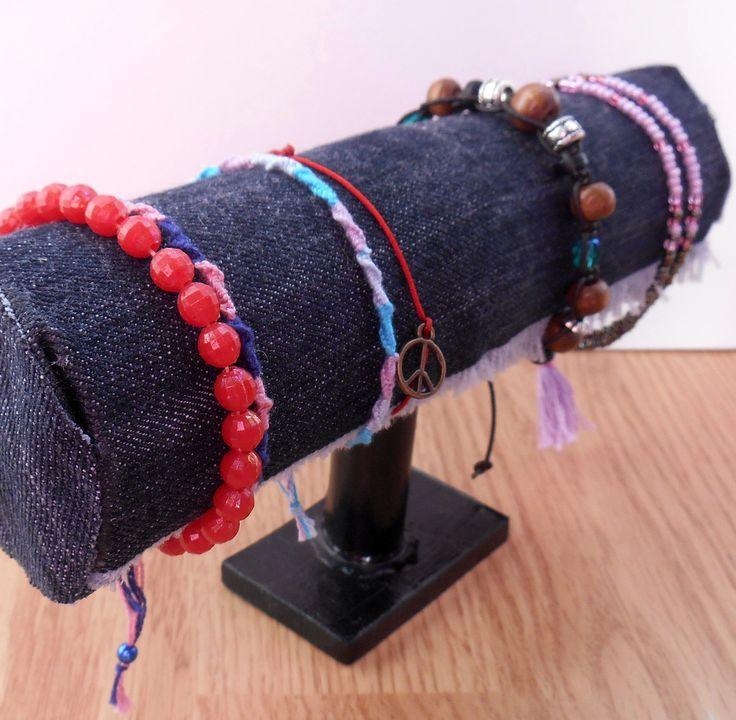 bracelet display