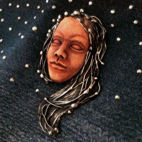 Keramická brož - Souhvězdí Panna