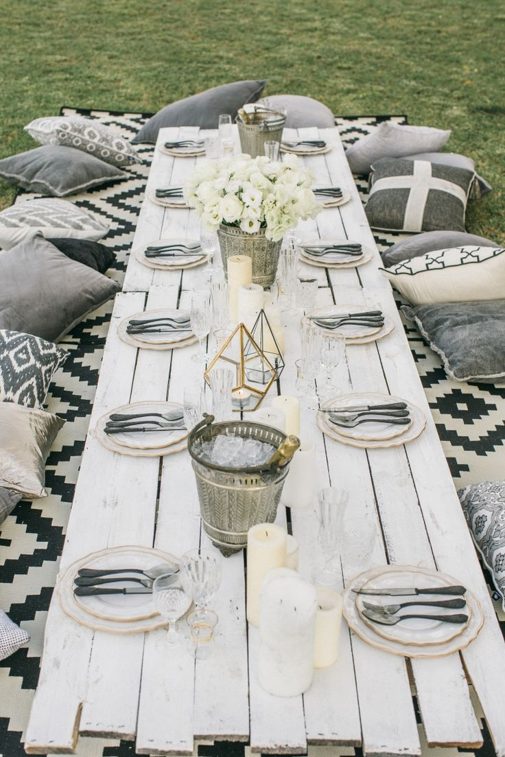 intimate shabby chic outdoor venue