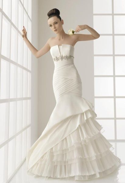25 best images about say yes to the dress on pinterest for How much do oscar de la renta wedding dresses cost
