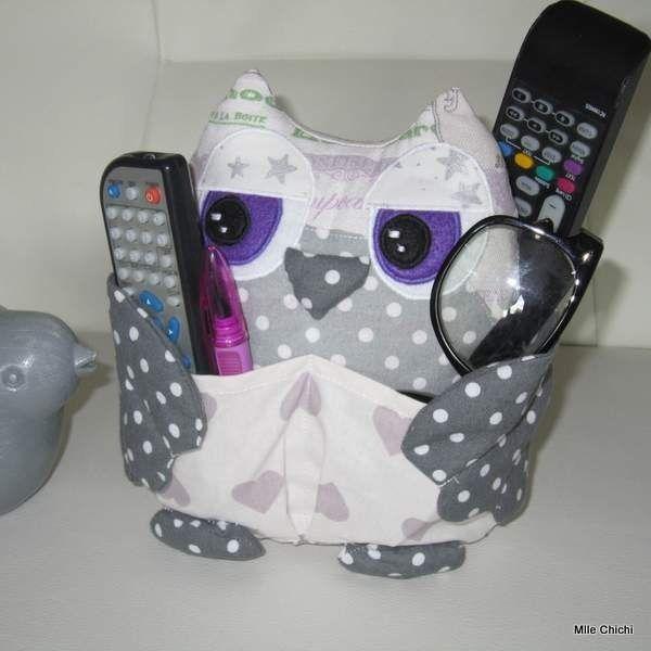 Hibou range-télécommande, lunettes, stylos, autres accessoires. : Meubles et rangements par mlle-chichi