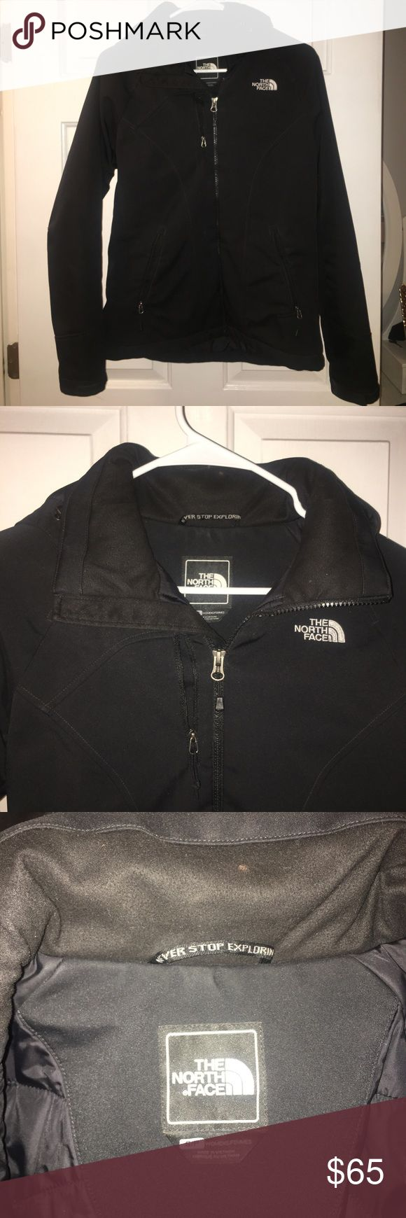 """Women's Insulted North Face Jacket Perfect every day jacket in the winter. Not too heavy but very warm and insulated. Considered The North Face """"soft shell"""" line so also water proof. Fits perfectly The North Face Jackets & Coats"""