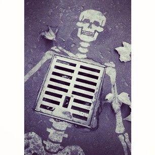 Skeleton grate