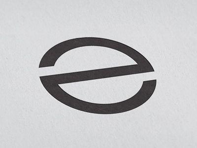 """e"" ambigram"