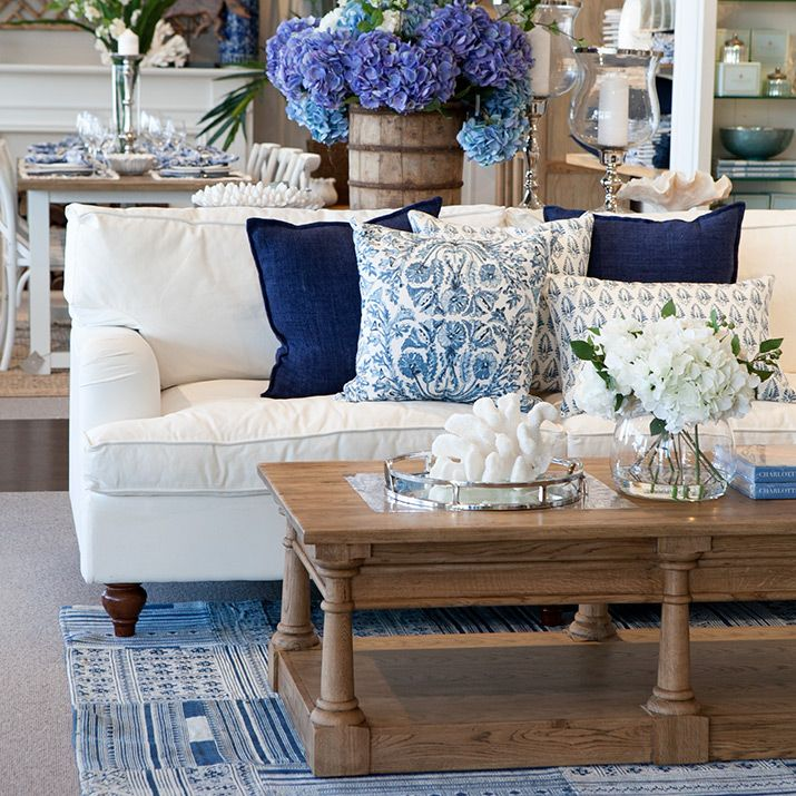 Hamptons Style Living Room, Coastal
