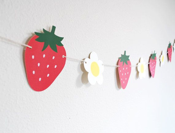 Fresh Strawberries Garland 5 ft. by BluefinWorks on Etsy, $16.00