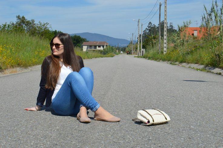 #look #luztieneunblog #2017 #elegante #cita #findesemana #entretiempo #casual #primavera #trendy #clase #compras #diario #chic #verano #sport #skinnyjeans #azul #blue #white #dots #spring #sumer #2017 #blazer #raya #diplomatica #trendy