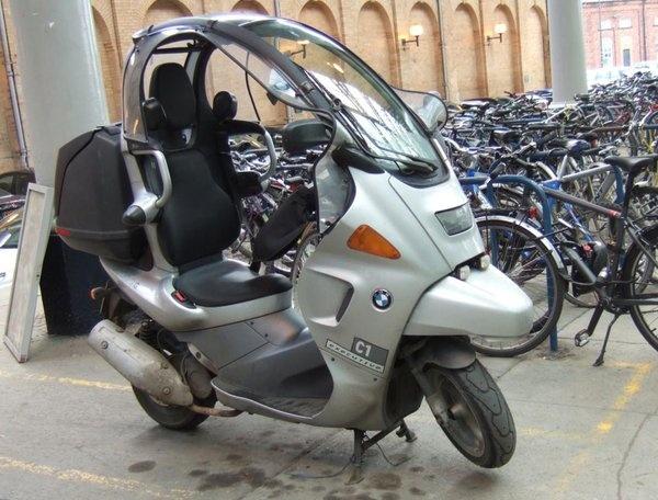 barcelona bmw scooter gets carandbike ndtv police electric main news scooters