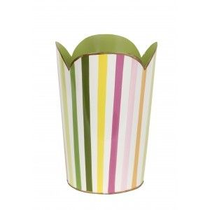 This lovely wastebasket features a scalloped rim. The style blends practical and whimsical. The wastebasket is made with recycled metal…