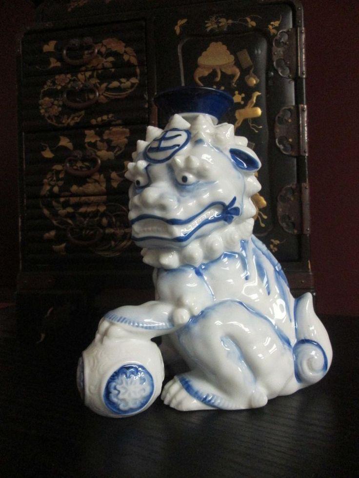 Vintage JAPANESE CHINESE WHITE & BLUE Porcelain Foo Dog Lion Candlestick SIGNED! #Signed