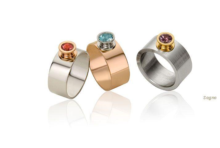 Hippe ringen in witgoud, roodgoud en edelstaal, bezet met mooie gekleurde stenen. Echte eyecatchers!