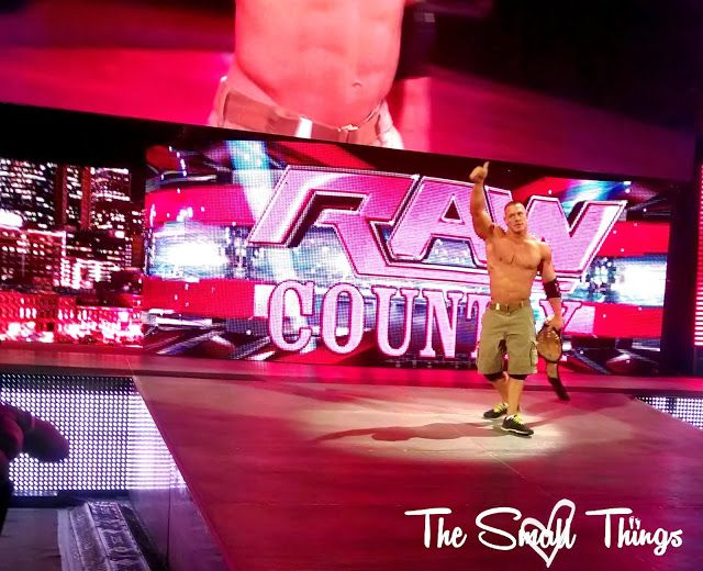 The Small Things was able to go to #RawCountry Monday Night Raw LIVE in Nashville!!! http://www.thesmallthings89.com/2013/11/rawcountry-monday-night-raw-nashville.html