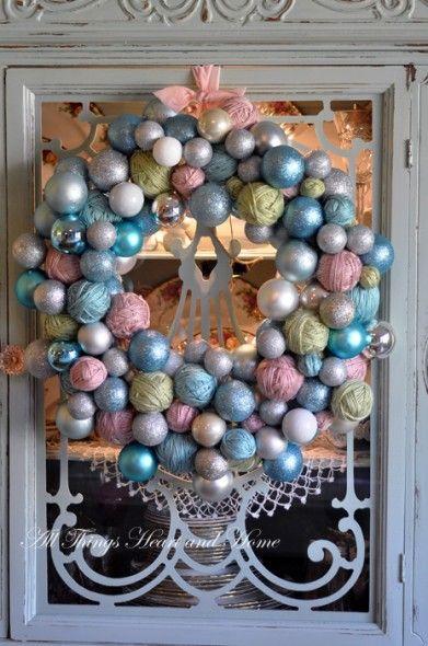 Yarn Ball WreathChristmas Wreaths, Christmas Colors, Yarns Ball, Vintage Ornaments, Spring Wreaths, Christmas Decor, Christmas Ornaments, Yarns Wreaths, Ornaments Wreaths