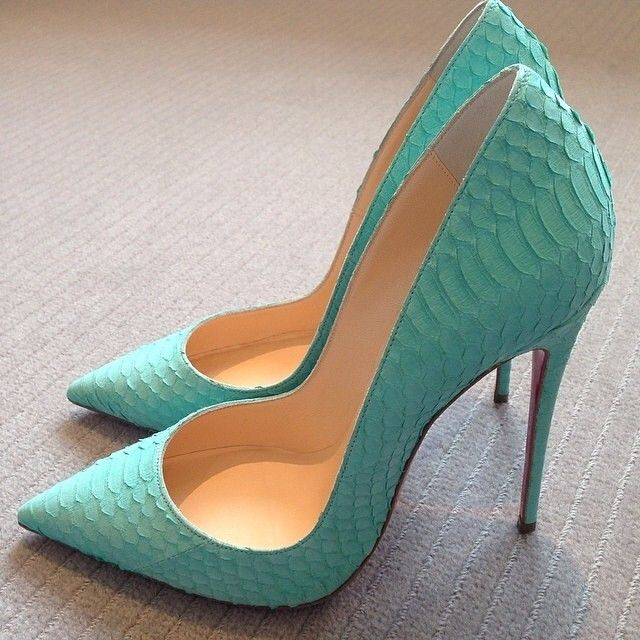 I like.. But not sure if I can rock the pointy heels