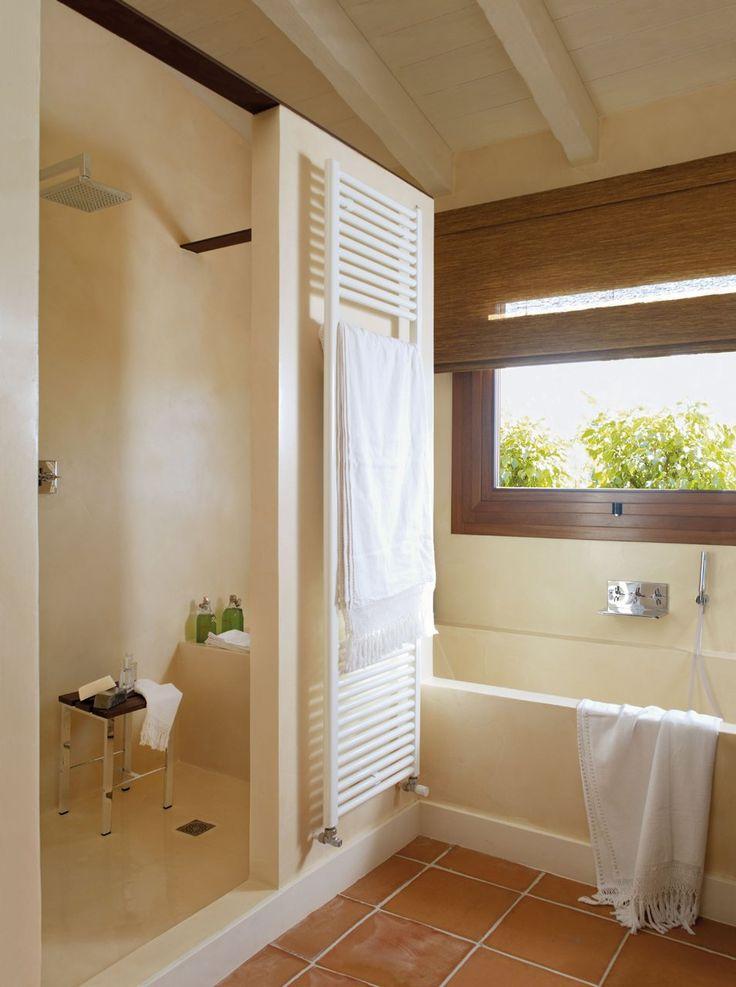 17 mejores ideas sobre ba o con toallero en pinterest for Colgar toallas ducha