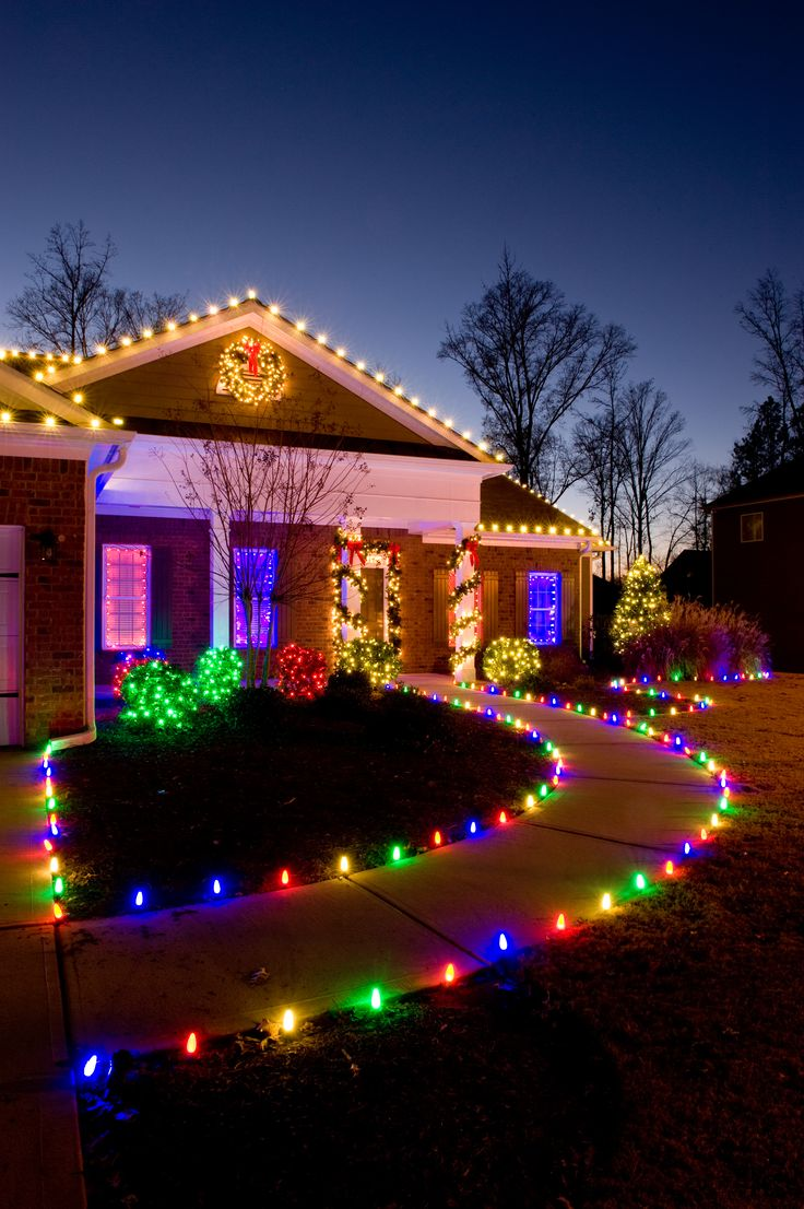 Holiday Decorations, Professional Christmas Lights Installation ...