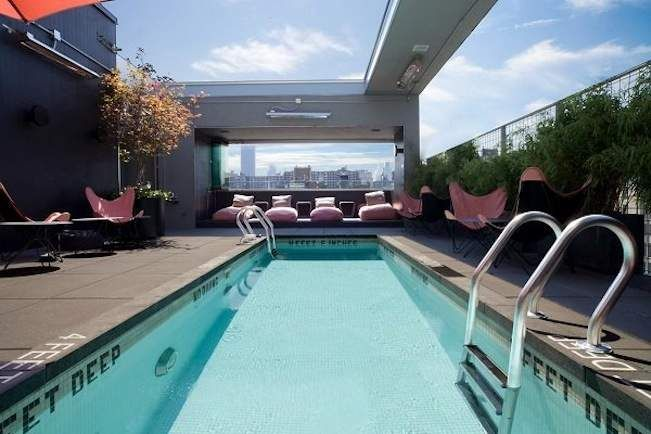 Best 25 hotel pool ideas on pinterest infinity pools the infinity and amazing swimming pools for Las vegas swimming pools open to public