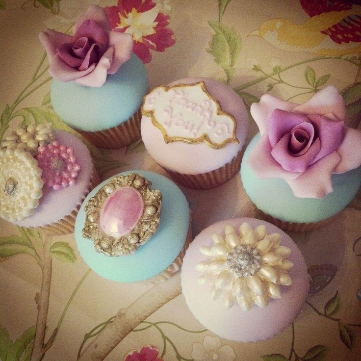 great british cupcakery wedding cakes 17 best images about vintage cupcakes on lace 14919