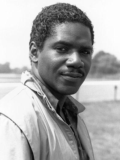 Actor Cleavant Derricks