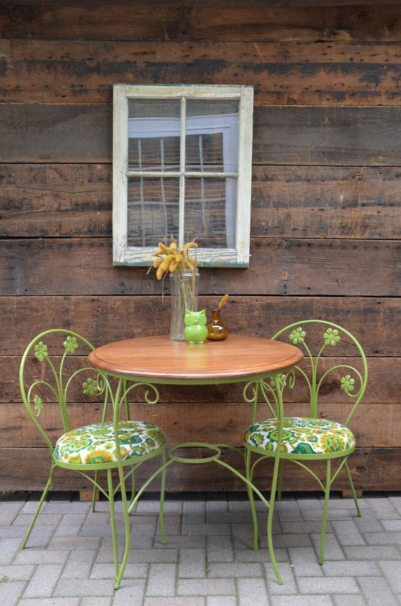Vintage 50's Iron Bistro Set in Spring Green by sugarSCOUT on Etsy
