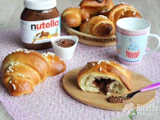 Cornetti di Pasta Brioche alla Nutella