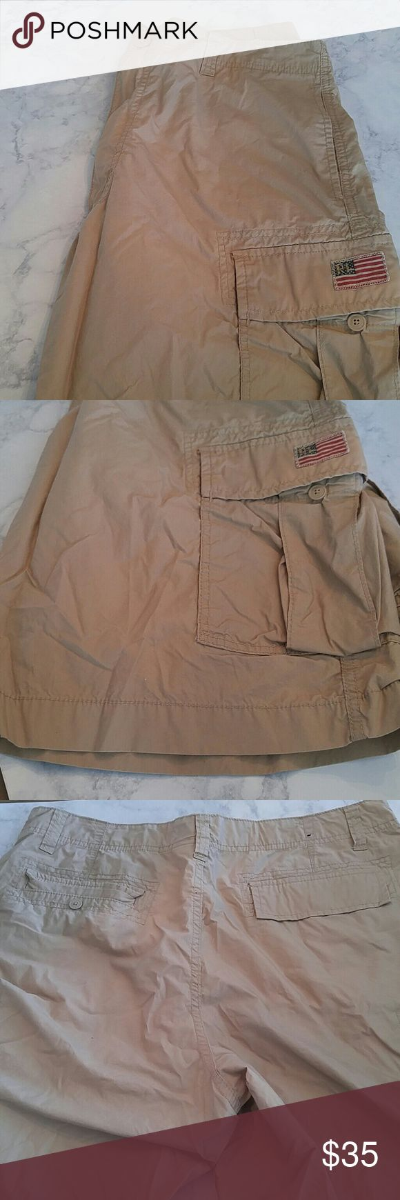 Ralph Lauren polo khaki shorts Cargo shorts. Light weight. Great condition! American flag patch on right side pocket. No obvious defects. Ralph Lauren Shorts Cargo